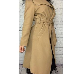 PRETTY LITTLE THING   Veronica Camel Coat